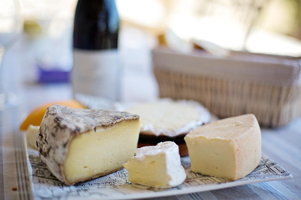 cheese-tray-1433504_1280