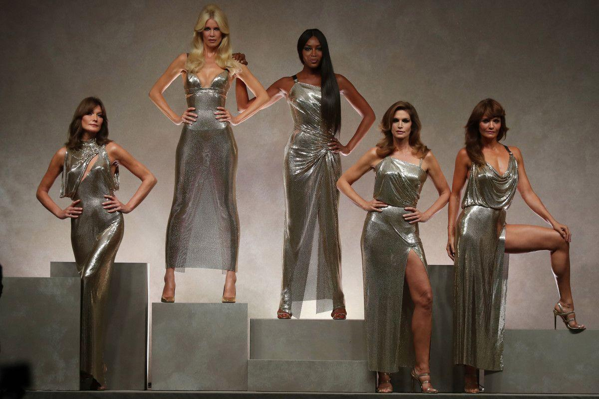 The Original 90s Supermodels Reunited on the Versace Runway Today